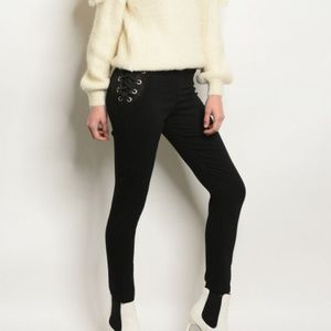 Pants - Price ⬇️ $55 Black Lace Up Side Zip Back Pants